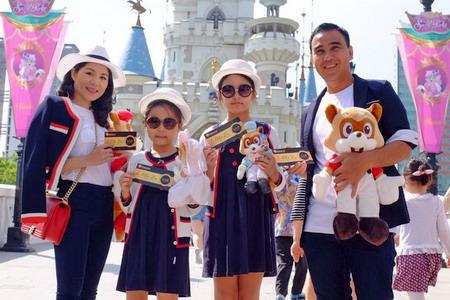 Gia đình Quyền Linh du lịch hè 2016 tại Xứ sở Kim Chi