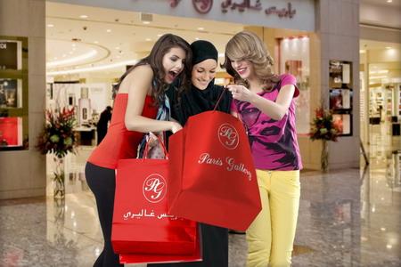 Đến Dubai - Mua sắm liền tay