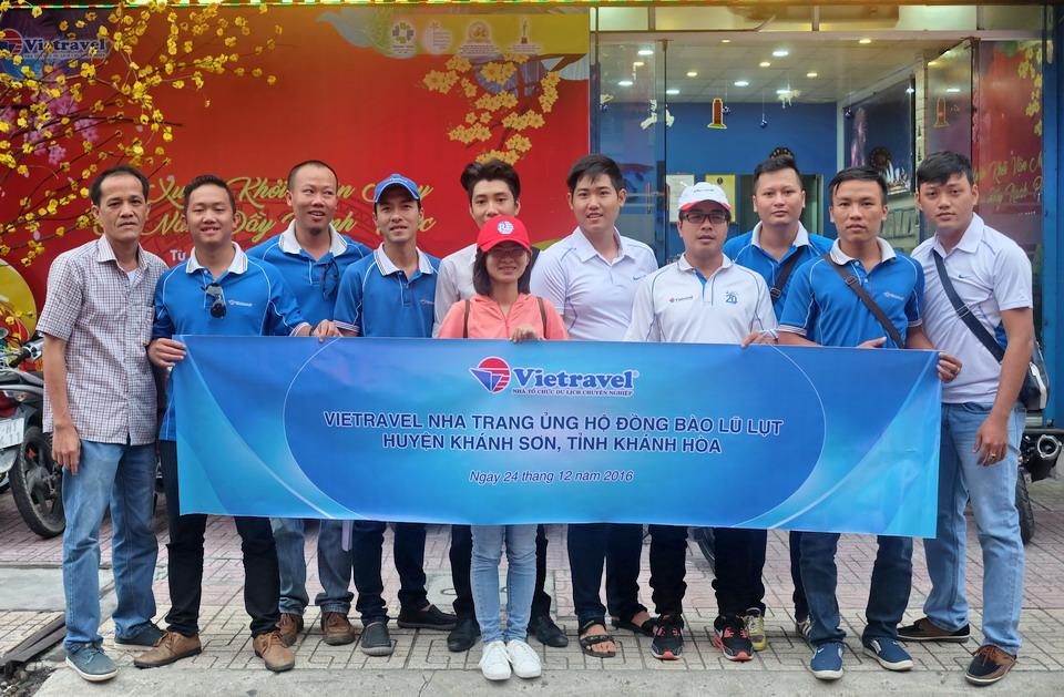 Vietravel Nha Trang hỗ trợ đồng bào lũ lụt huyện Khánh Sơn